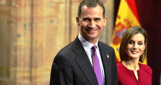 ¿Por qué hay reyes en España?